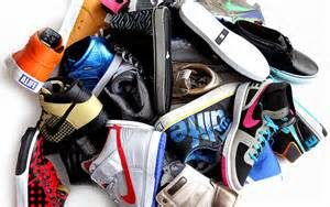 pile-of-shoes